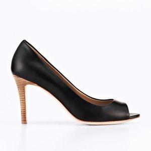 Ann Taylor Black Perfect Leather Peep Toe Pump 9